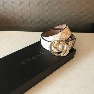 Gucci double G belt